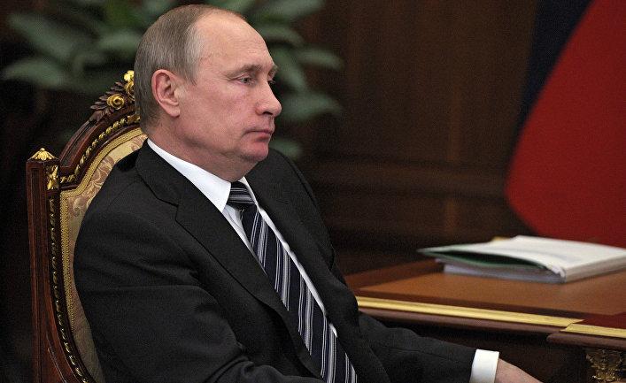 Рабочая встреча президента РФ Владимира Путина с губернатором Приморского края Владимиром Миклушевским