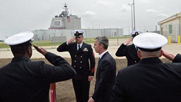 Генеральный секретарь НАТО Йенс Столтенберг на открытии наземной стационарной части американского комплекса Aegis Ashore в Румынии
