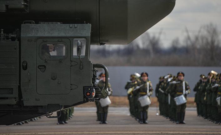 """МБР """"Ярс"""" во время тренировки перед военным парадом 9 мая на полигоне в Алабино"""