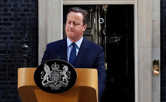Премьер-министр Великобритании Дэвид Кэмерон выступает с заявлением об отставке