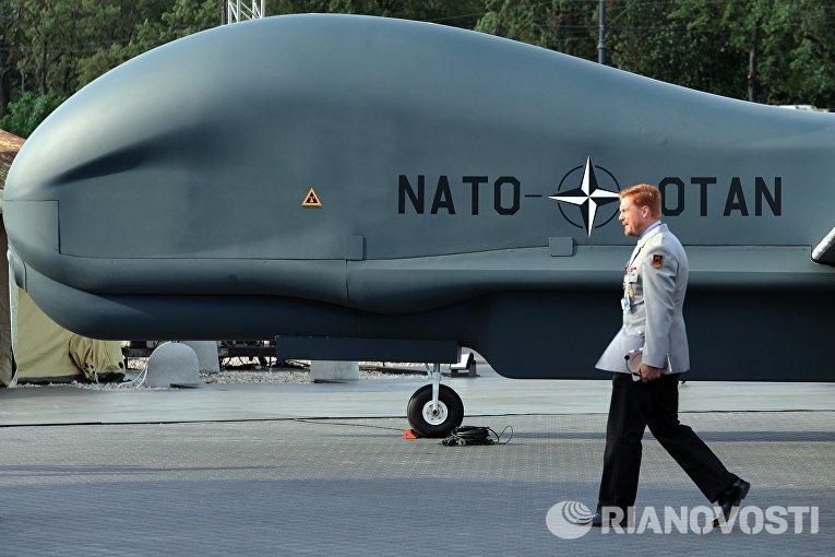 Беспилотный летательный аппарат НАТО Global Hawk Block 40