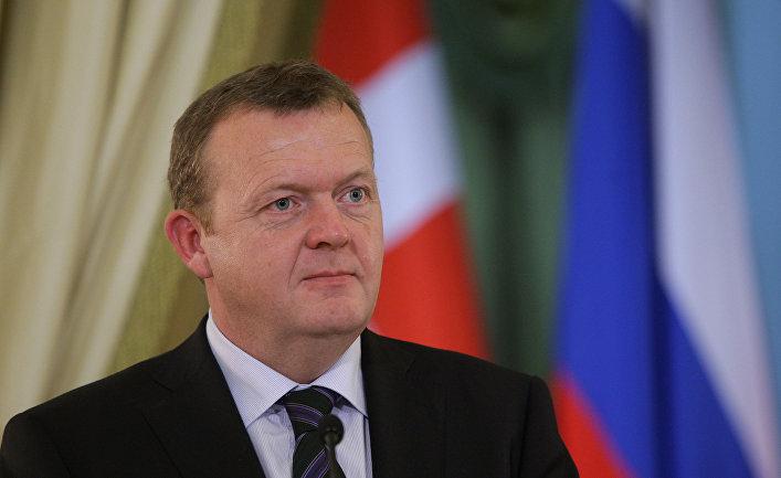 Совместная пресс-конференция премьер-министров РФ и Дании Владимира Путина и Ларса Лекке Расмуссена