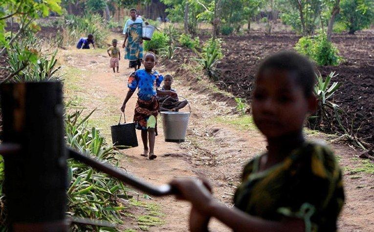 Дети в деревне Мвачилоло
