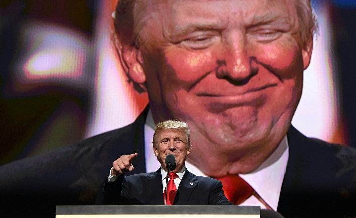 Кандидат в президенты Дональд Трамп выступает в Кливленде
