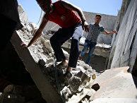 Разрушенный авиаударами район Дума в Дамаске