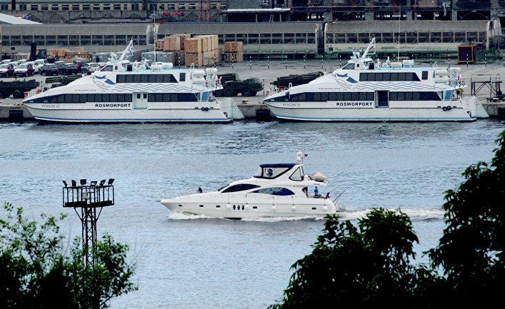 Пассажирские катамараны для перевозки гостей саммита АТЭС-2012 во Владивостоке