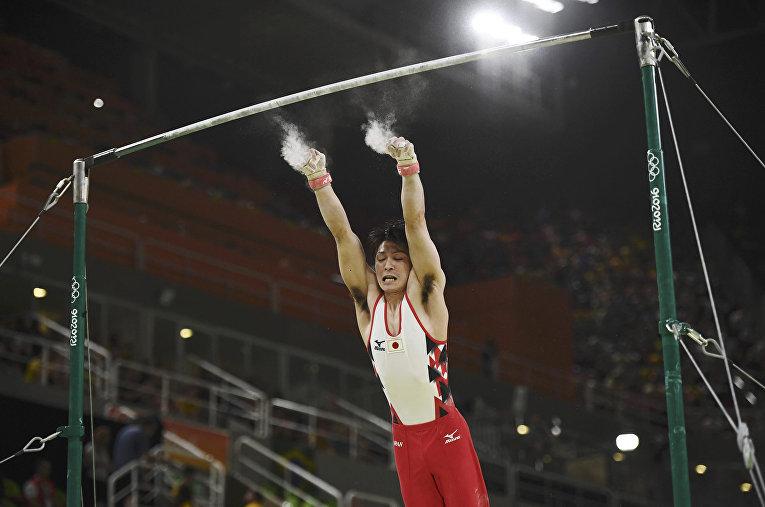 Японский гимнаст Кохэй Утимура