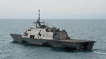 """Корабль береговой обороны """"Форт Ворф"""", США"""