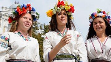 Парад вышиванок-2014 в Киеве