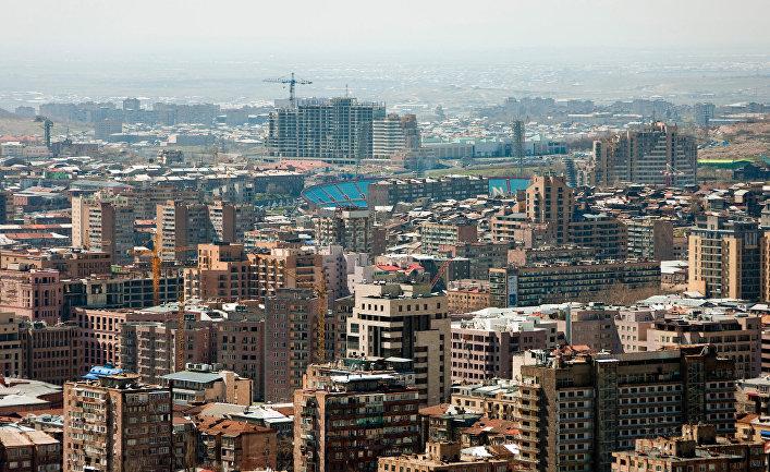 Вид на город Ереван, 2011 г.
