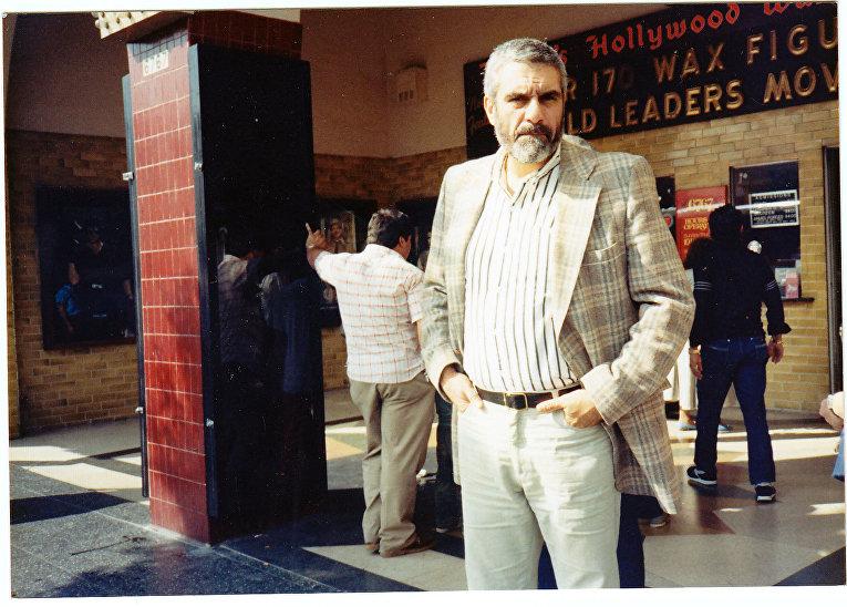 Писатель Сергей Довлатов. США, начало 1980-х гг.