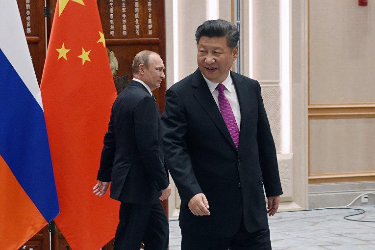 Президент России Владимир Путин и председатель КНР Си Цзиньпин в преддверии саммита G20