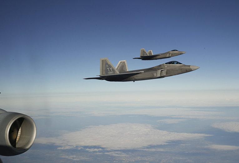 Истребители F-22 «Рэптор» направляются к эстонской базе Эмари
