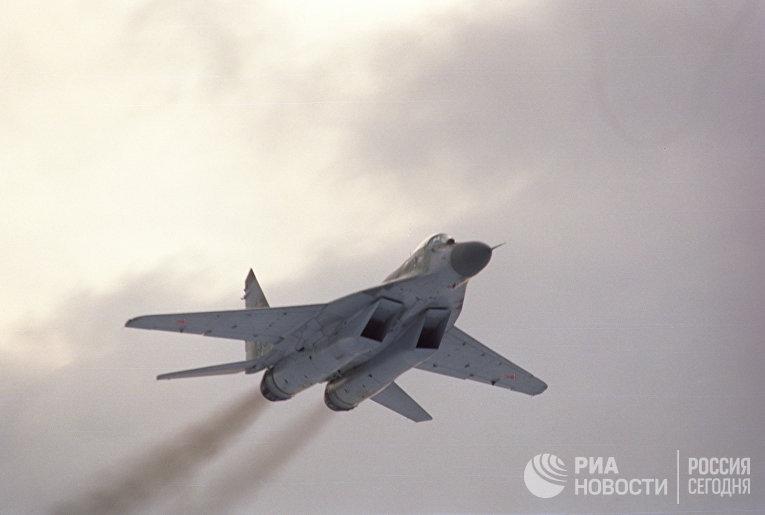 Фронтовой истребитель МиГ-29 СМТ
