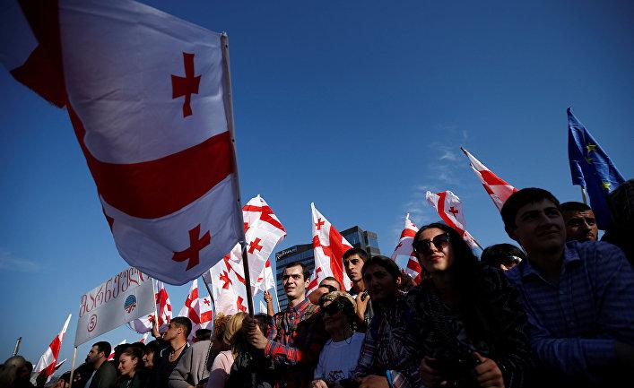 Предвыборный митинг партии Единого национального движения в Тбилиси