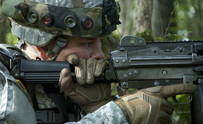 Американский солдат на военных учениях в Хорватии