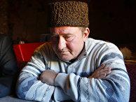 Ильми Умеров во время интервью с Ассошиэйтед Пресс в Симферополе