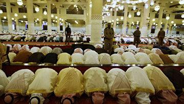 Молитва во время праздника Ид аль-Фитр в Эр-Рияде, Садовская Аравия