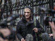 Художник Петр Павленский вызван на допрос в Москву