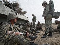 Казахские военнослужащие. Архивное фото