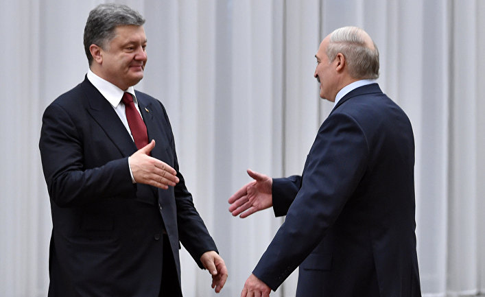 Президент Беларусии Александр Лукашенко и президент Украины Петр Порошенко