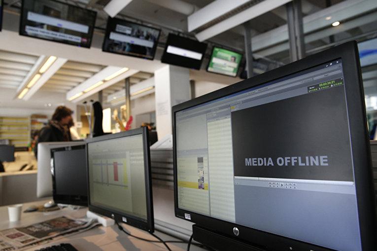 Офис телеканала TV5 Monde после кибератаки