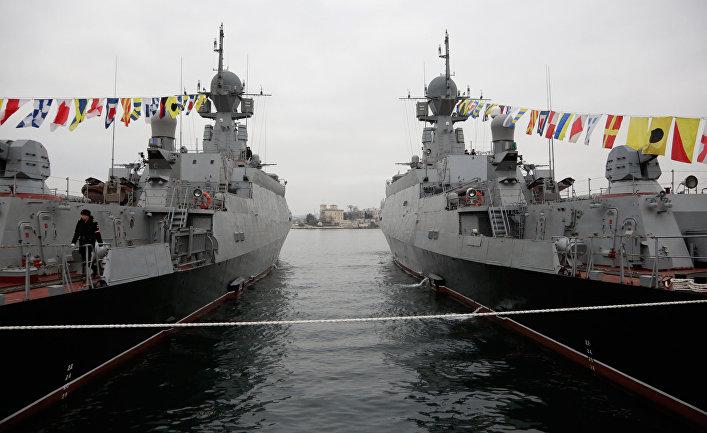 Новые малые ракетные корабли «Зеленый Дол» и «Серпухов», снабженные универсальным ракетным комплексом «Калибр-НК»
