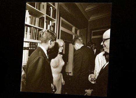 Аукционный дом Bonhams выставил на торги уникальные фотографии Джона Кеннеди