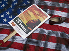 Акция протеста против предстоящего визита президента США Барака Обамы в Бразилию