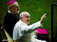 Папа Франциск и католический епископ Швеции Ларс Андерс Арборелиус
