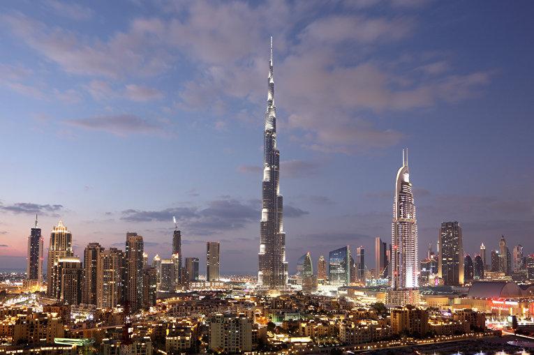 Небоскреб «Бурдж-Халифа» в Дубае