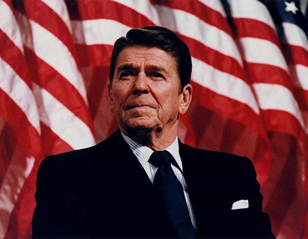 Президент США Рональд Рейган