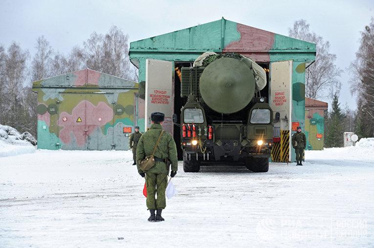 Пусковой грунтовый ракетный комплекс «Ярс»