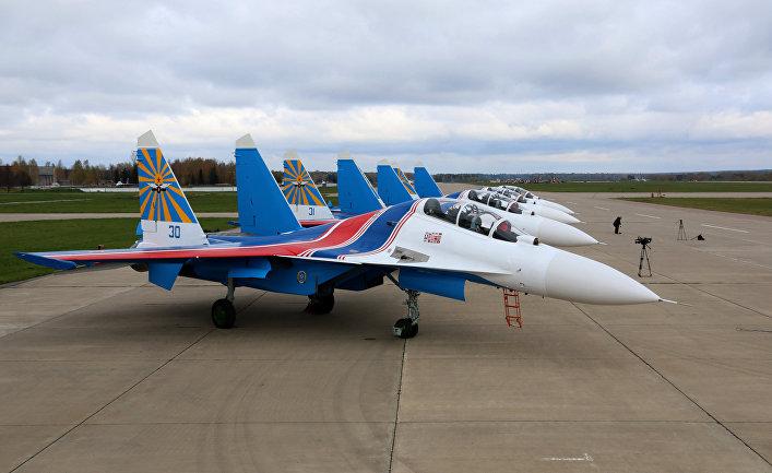 """""""Русские Витязи"""" получили первые четыре истребителя Су-30СМ"""