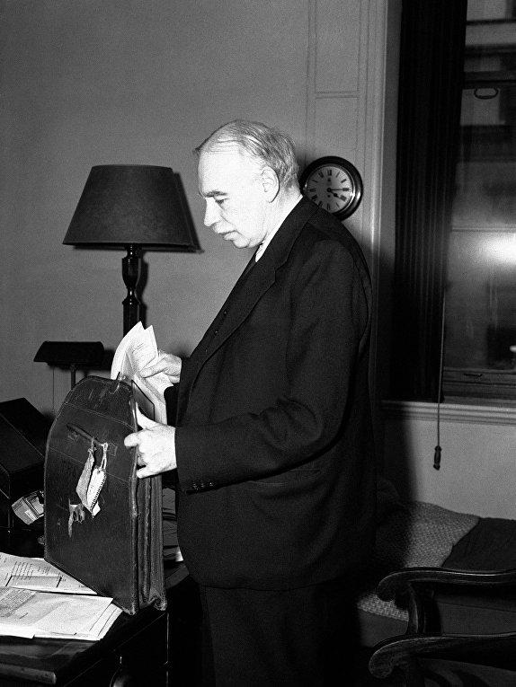 Английский экономист Джон Мейнард Кейнс
