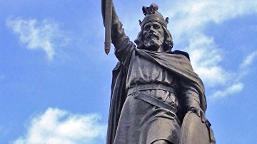 Статуя Альфреда Великого в Уинчестере