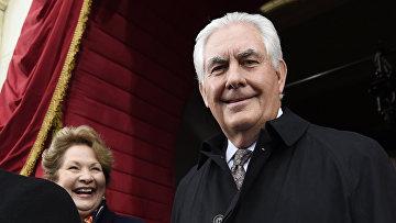 Рекс Тиллерсон и его жена Санкт-Ренда Клер на инаугурации Дональда Трампа в Вашингтоне