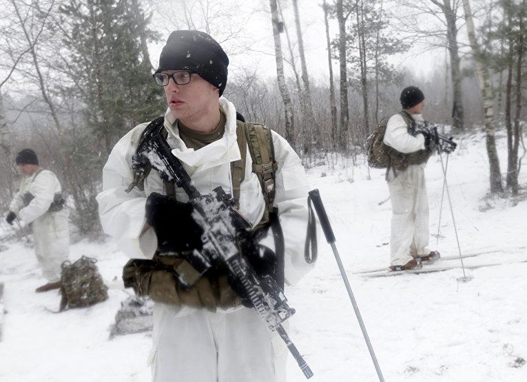 Солдаты армии США во время совместных военных учений в Латвии
