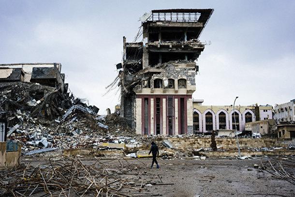 Разрушенное здание университета в Мосуле