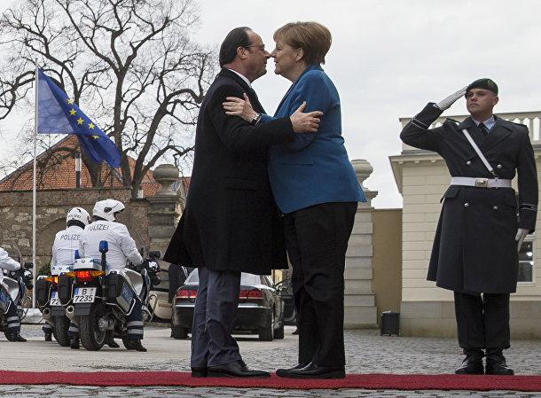 Президент Франции Франсуа Олланд и канцлер Германии Ангела Меркель