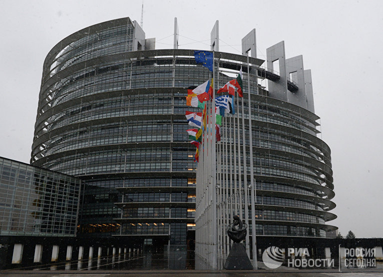 Здание Европарламента в Страсбурге