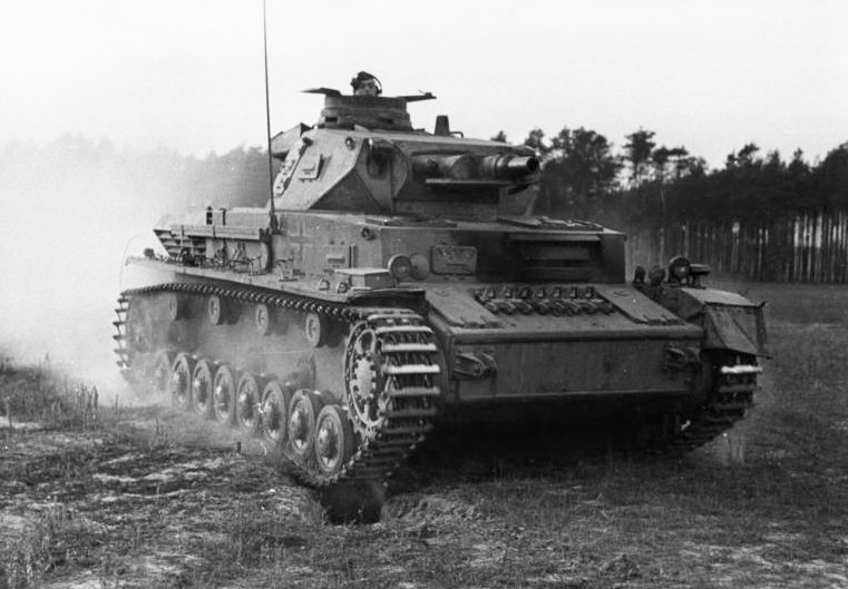 Немецкий танк Т-4 («PzKpfw IV», также «Pz. IV»)