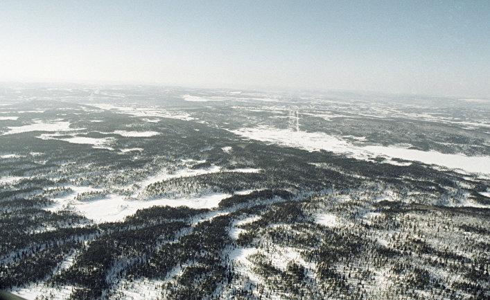 Вид тундры с вертолёта
