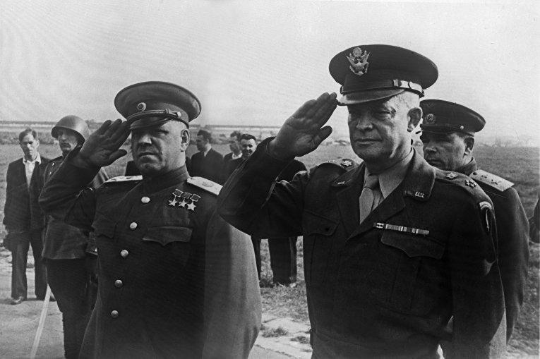 Г.К. Жуков и Д. Эйзенхауэр. Фотокопия