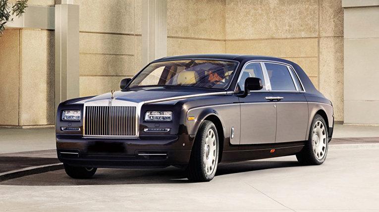 Автомобиль Rolls-Royce Phantom