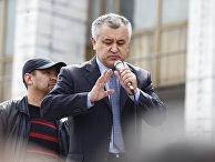 Лидер оппозиции Омурбек Текебаев в Бишкеке