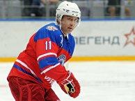 Президент РФ Владимир Путин принял участие в гала-матче турнира Ночной хоккейной лиги