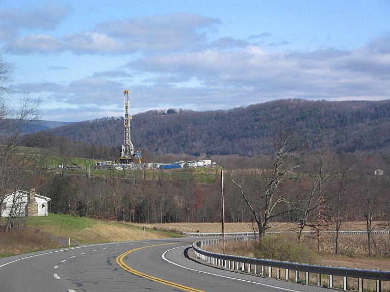 Буровая на месторождении сланцевого газа в Пенсильвании (США)