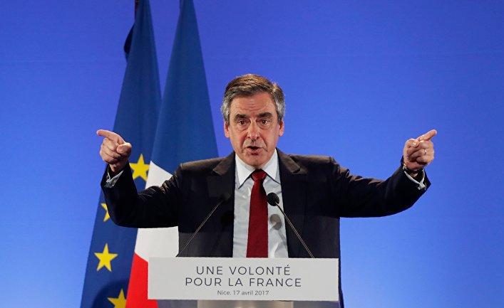17 апреля 2017 года. Франсуа Фийон, бывший премьер-министр Франции и кандидат от правоцентристов на выборах президента