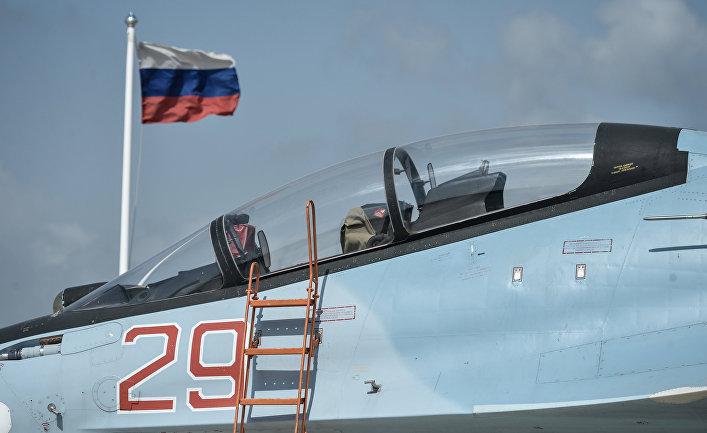 """Истребитель ВКС РФ СУ-30 СМ на авиабазе """"Хмеймим"""" в Сирии"""